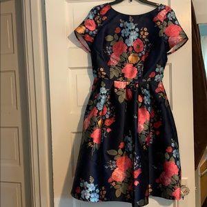 Gorgeous retro inspired dress